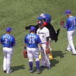 ヤクルトつば九郎 外国人選手と国際交流をはかる!!
