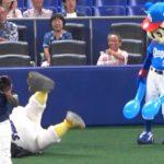 2018.08.10 ボールが頭部直撃も、時間差で痛がるつば九郎